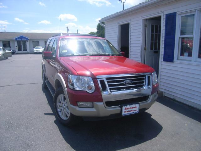 Used Ford Explorer 4dr 114 WB 4.0L Eddie Bauer 4WD