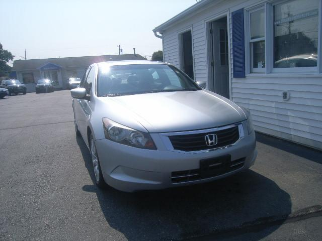 Pre-Owned 2010 Honda Accord 4dr I4 Auto EX-L PZEV