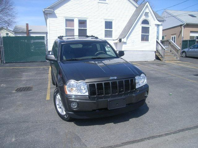 Used Jeep Grand Cherokee 4dr Laredo 4WD