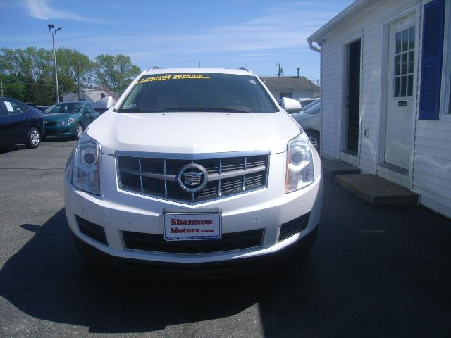 Pre-Owned 2011 Cadillac SRX AWD 4dr Luxury Collection
