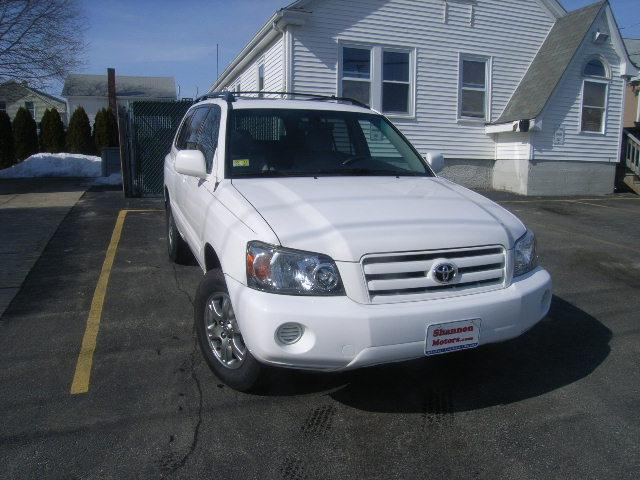Used Toyota Highlander 4dr V6 4WD w/3rd Row (Natl)